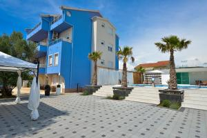 Villa Nika, Apartments  Bibinje - big - 77