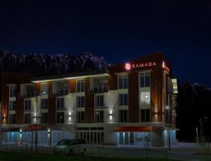 Ramada Suites by Wyndham Queenstown Remarkables Park, Szállodák  Queenstown - big - 18