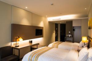 Home Inn Plus Shanghai Yushan Road Yuanshen Sports Center - Huamu
