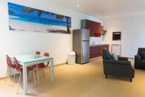 Bubali Luxury Apartments - Adults Only - Wheelchair Friendly, Ferienwohnungen  Palm/Eagle Beach - big - 17