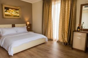 Dilo Hotel, Szállodák  Tirana - big - 38