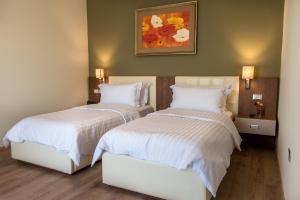 Dilo Hotel, Hotel  Tirana - big - 40