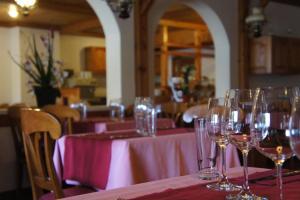 Hotel Alpenhof, Hotely  Oberwald - big - 20