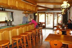 Hotel Alpenhof, Hotely  Oberwald - big - 22