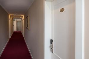 Dilo Hotel, Hotel  Tirana - big - 35