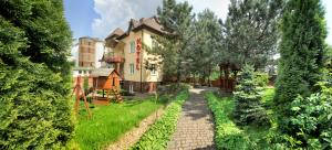 Red Stone, Hotels  Truskavets - big - 61