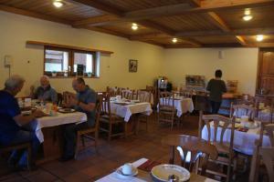 Hotel Alpenhof, Hotely  Oberwald - big - 18