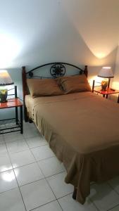 Comfortable Suite 2 - Cross Roads