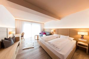 Garni Hotel Clara - Accommodation - Bruneck-Kronplatz