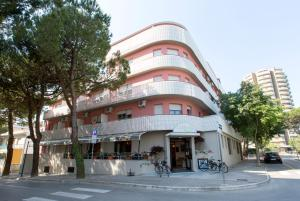 Aparthotel Carinzia - AbcAlberghi.com