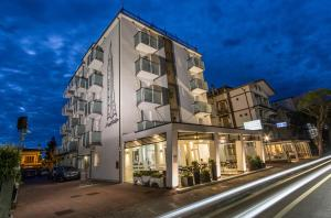 Hotel Carinthia - AbcAlberghi.com