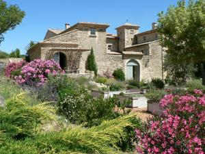 Location gîte, chambres d'hotes Domaine de Provensol dans le département Drôme 26