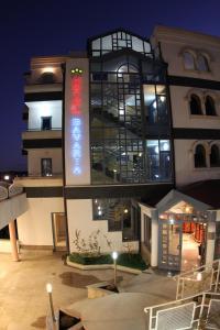 Hotel Bavaria - First Library Hotel, Hotely  Trogir - big - 52