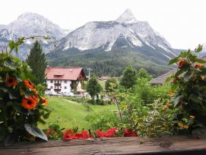 Apartments Ausfernerhof, Apartmanok  Ehrwald - big - 59