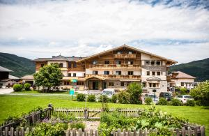 Hotel Winterbauer, Hotely  Flachau - big - 1