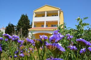 . Apartments Sabina