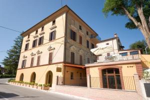 Raffaello Residence, Aparthotely  Sassoferrato - big - 74