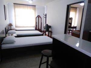 Ribera del Rio Av 2da Norte, Apartmánové hotely  Cali - big - 43