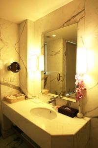 The Ocean Pearl Gardenia, Отели  Нью-Дели - big - 24