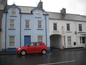 The Blue House Apartments 43b Main Street Bushmills County Londonderry Bed And Breakfast Hotel Accommodation