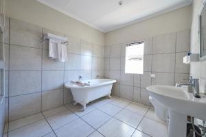 84 on Fourth Guest House, Penzióny  Johannesburg - big - 4