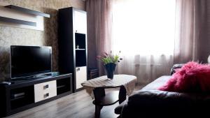 Апартаменты На Проспекте Космонавтов