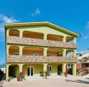 Apartments Villa FourTuna, Apartmány  Bar - big - 17