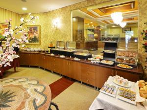 Hotel Austria, Hotels  Tirana - big - 42