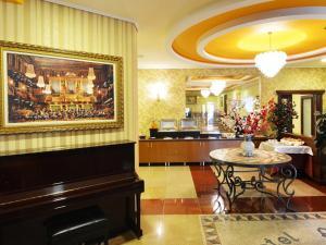 Hotel Austria, Szállodák  Tirana - big - 45