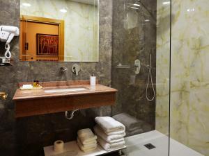 Hotel Austria, Szállodák  Tirana - big - 28