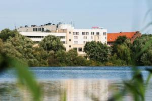 IntercityHotel Stralsund, Hotely  Stralsund - big - 1