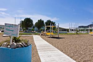 Beach Break, Aparthotely  Faliraki - big - 8