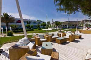Beach Break, Aparthotely  Faliraki - big - 41