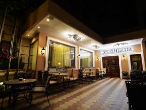 Hotel Austria, Hotels  Tirana - big - 37