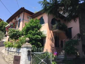 Appartamento arredato Pilzone d Iseo - AbcAlberghi.com