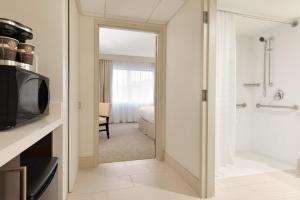 Embassy Suites by Hilton Milwaukee Brookfield, Hotels  Brookfield - big - 33