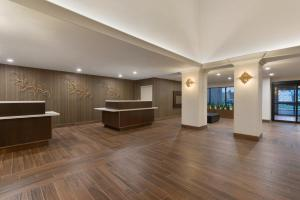 Embassy Suites by Hilton Milwaukee Brookfield, Hotels  Brookfield - big - 48