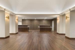 Embassy Suites by Hilton Milwaukee Brookfield, Hotels  Brookfield - big - 39