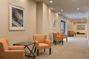 Embassy Suites by Hilton Milwaukee Brookfield, Hotely  Brookfield - big - 32