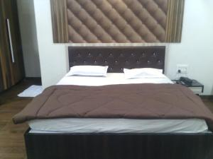 12 Star Garuda, Hotel  Pune - big - 10