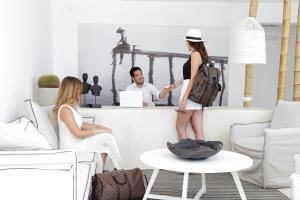 Livin Mykonos Hotel, Hotely  Mykonos - big - 54