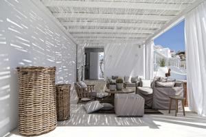 Livin Mykonos Hotel, Hotely  Mykonos - big - 73