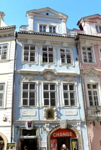 Charles Bridge Hostel & Apartments - Prag