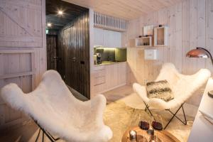 Arctic TreeHouse Hotel (18 of 25)