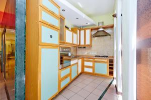 Apartment Deribasovskaya with jacuzzi, Apartmanok  Odessza - big - 17