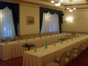 Ramada Bucharest Majestic Hotel