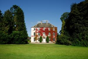 Dollingstown Bed and Breakfast, Cheap Hotel and Guest House