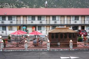Gateway Inn and Suites, Hotel  Salida - big - 56