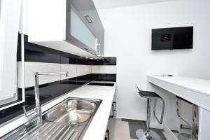 Villa Nika, Apartments  Bibinje - big - 129