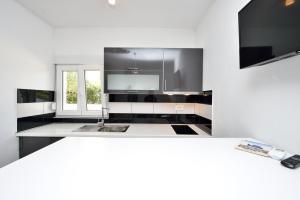 Villa Nika, Apartments  Bibinje - big - 131